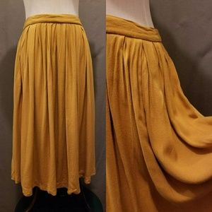Forever 21 Mustard Yellow Skirt size M